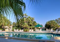 Golden Host Resort - Sarasota - Pool