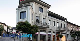 Hotel Play - Veliko Tărnovo - Building