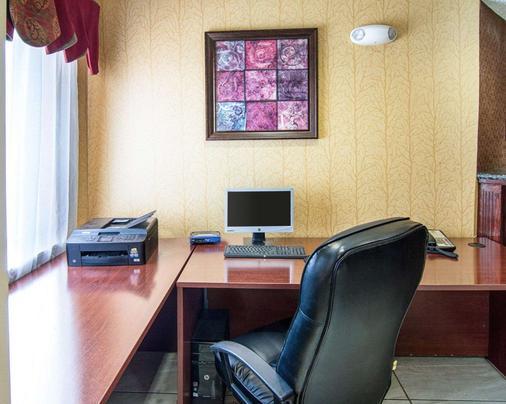 Quality Inn - Midland - Business centre