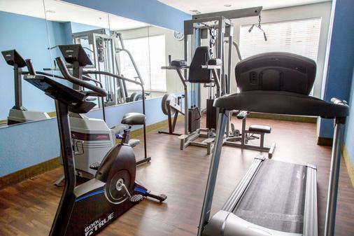 Comfort Suites North Fossil Creek - Fort Worth - Gym