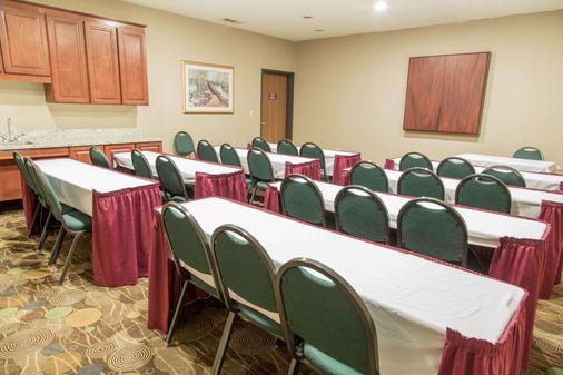 Comfort Suites North Fossil Creek - Fort Worth - Meeting room