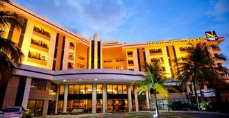 Quality Hotel Aracaju - Aracaju - Building
