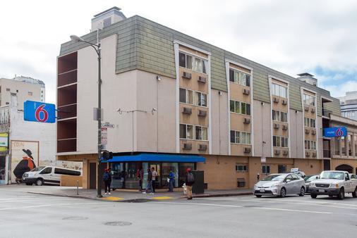Motel 6 San Francisco Ca - San Francisco - Building