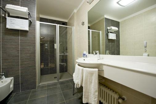 Best Western Hotel Luxor - Turin - Bathroom