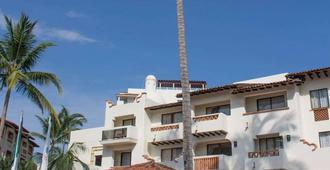 Plaza Pelicanos Grand Beach Resort - Puerto Vallarta - Building