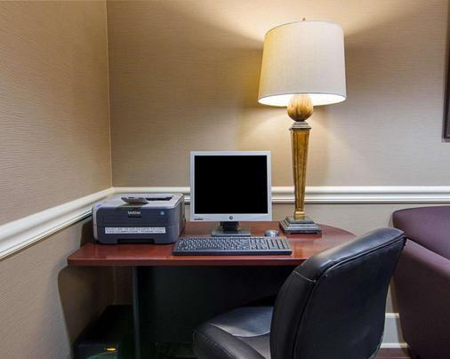 Comfort Inn West - Little Rock - Business centre