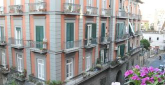 Welcome B&b - Naples - Building