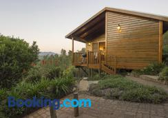 Cliffhanger Cottages - Knysna - Building
