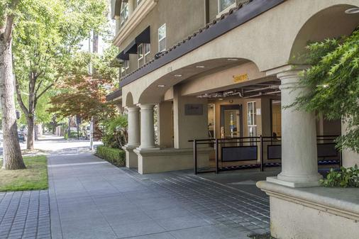 Inn Off Capitol Park, an Ascend Hotel Collection Member - Sacramento - Building