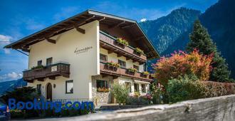 Gastehaus Hornegger - Mayrhofen - Building