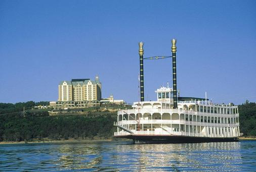 Chateau On The Lake Resort Spa and Convention Center - Branson - Outdoor view