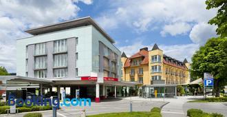 Casinohotel Velden - Velden am Wörthersee - Building