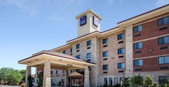 Sleep Inn & Suites Lubbock - Lubbock - Building