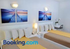 Ocean Five Hotel - Miami Beach - Bedroom