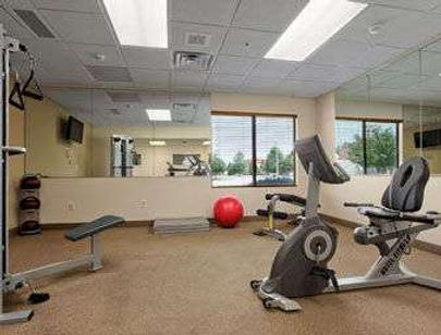 Wingate by Wyndham Fayetteville/Fort Bragg - Fayetteville - Gym