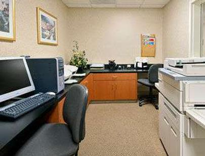 Wingate by Wyndham Fayetteville/Fort Bragg - Fayetteville - Business centre