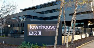 Townhouse Hotel - Wagga Wagga - Building