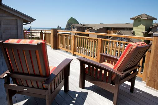 Surfsand Resort - Cannon Beach - Balcony