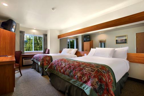 Microtel Inn & Suites by Wyndham Bozeman - Bozeman - Bedroom