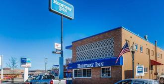 Rodeway Inn - Elko - Building