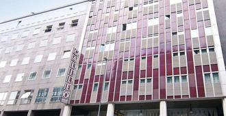 Galileo Hotel - Milan - Building