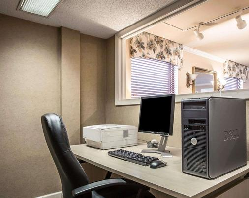 Quality Inn Fort Jackson - Columbia - Business centre