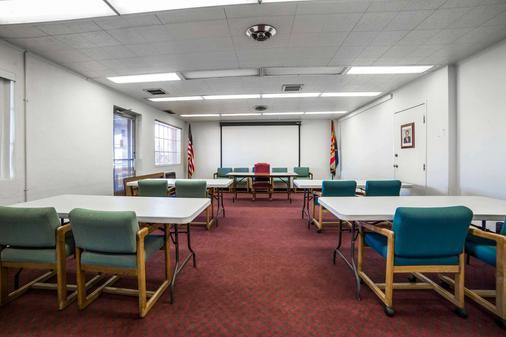 Quality Inn - Kingman - Meeting room