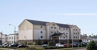 MainStay Suites - Bismarck - Building