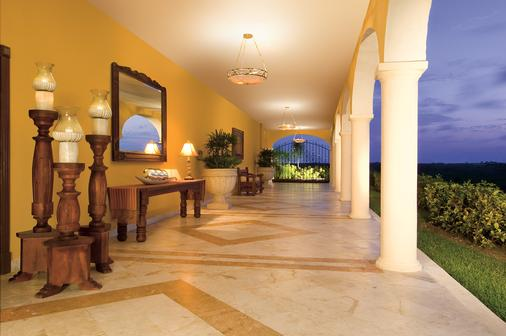 Secrets Capri Riviera Cancun - Adults Only - Playa del Carmen - Front desk