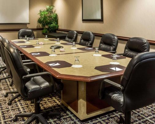 Quality Suites Lake Wright - Norfolk Airport - Norfolk - Meeting room