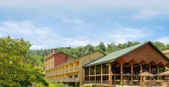 River Terrace Resort & Convention Center - Gatlinburg - Building