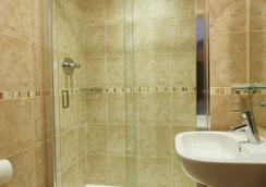 Luna-Simone Hotel - London - Bathroom