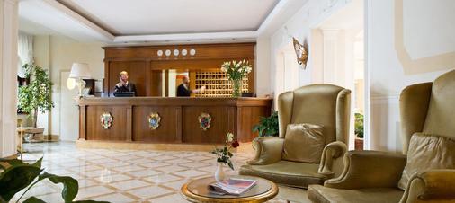 Hotel Carlton On The Grand Canal - Venice - Lobby