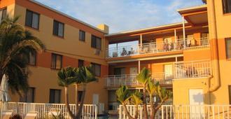 Page Terrace Beachfront Hotel - Treasure Island - Building