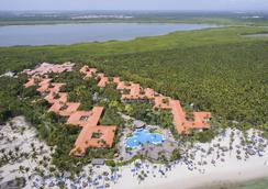 Natura Park Beach Eco Resort & Spa - Punta Cana - Building