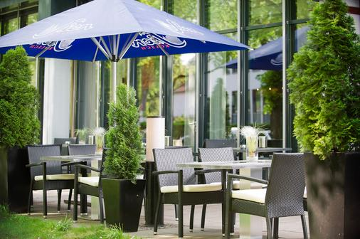 Park Inn by Radisson Cologne City West - Cologne - Outdoor view