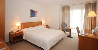 Hotel Bristol & Spa Bristol - Montreux - Bedroom