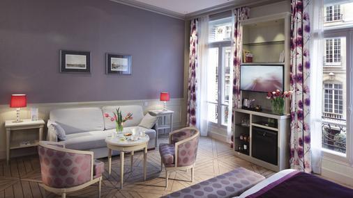 Chateau Frontenac Hotel - Paris - Living room