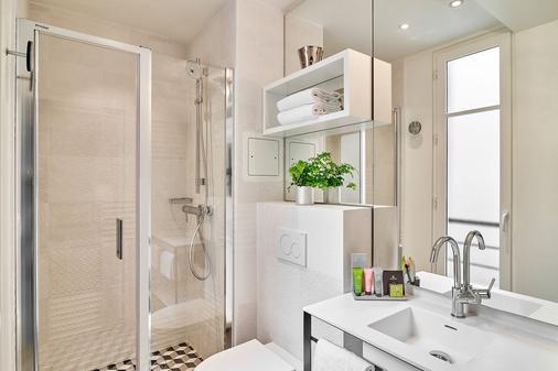 Joke - Astotel - Paris - Bathroom