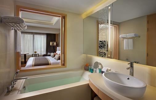 Amari Watergate Bangkok - Bangkok - Bathroom