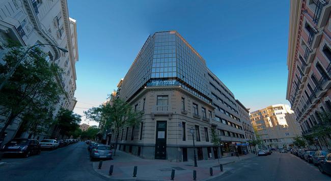 Hotel Gran Versalles - Madrid - Building
