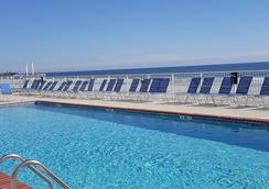 Sands Ocean Club Resort - Myrtle Beach - Pool