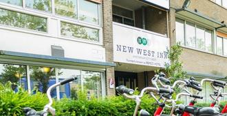 New West Inn Amsterdam - Amsterdam - Building