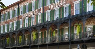 The Marshall House - Savannah - Building