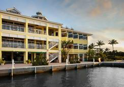 Key Largo Bay Marriott Beach Resort - Key Largo - Building