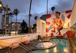 The Kinney - Venice Beach - Los Angeles - Pool