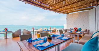 Royal Cliff Beach Hotel - Pattaya - Restaurant