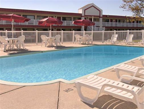 Ramada West Atlantic City - Atlantic City - Pool