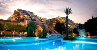 Limak Limra Hotel & Resort - Kemer - Building