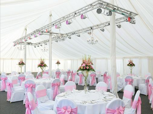 Dunston Hall - Norwich - Banquet hall
